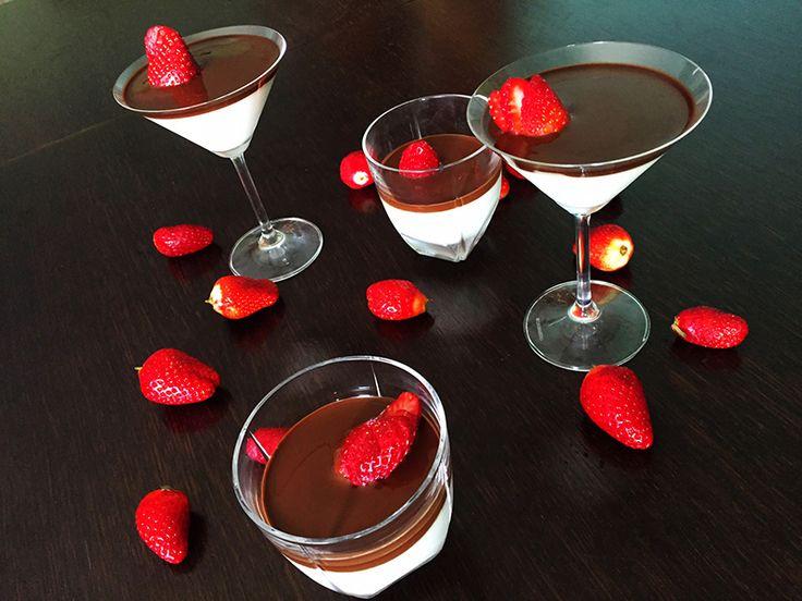 Μους γιαουρτιού με γεύση βανίλια σοκολάτα και φράουλες   ION Sweets