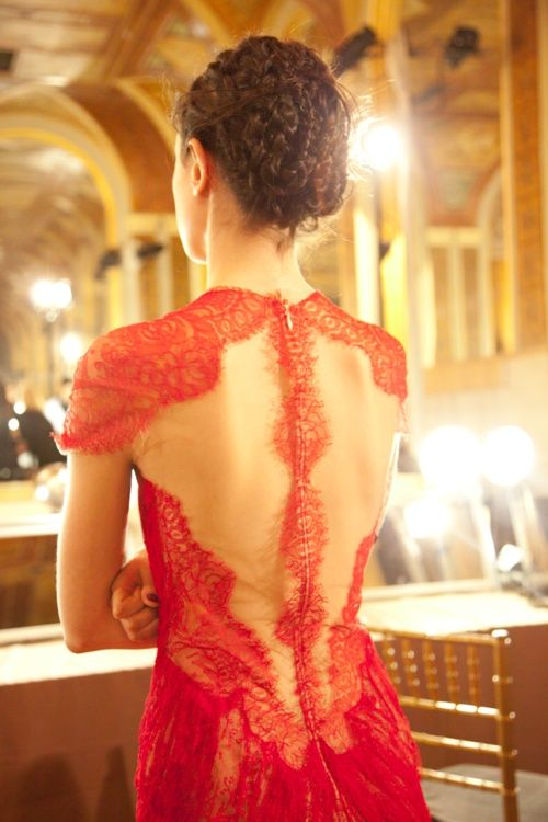 Back - red lace detailing - Marchesa | Keep the Glamour | BeStayBeautiful