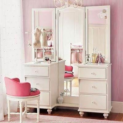 makeup vanity station with pink stool :)