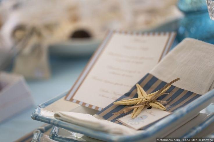 Segnaposto di nozze con stella marina per un matrimonio con il tema mare