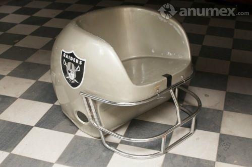 Sillón en forma de casco de futbol americano