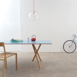Ihanat puukalusteet minimalistisen sisustuksen osana