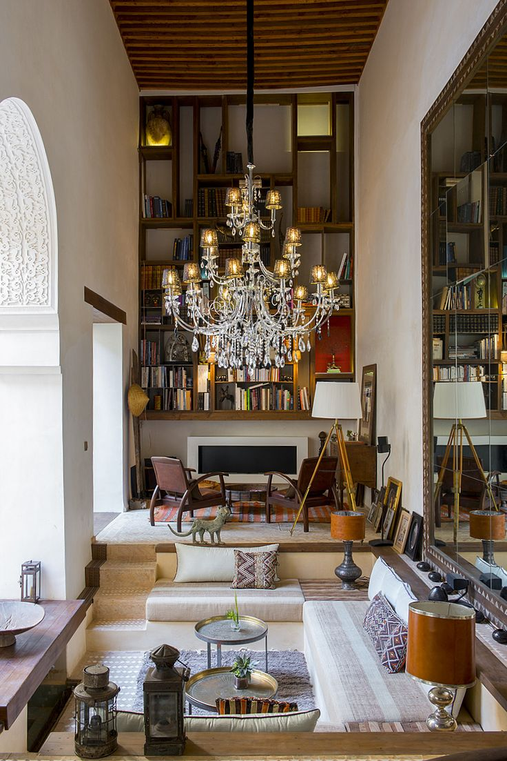 Traveler Lounge in Karawan Riad, Fez, Morocco. It is a splendor. ~ETS #sunkenlivingroom