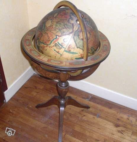 les 25 meilleures id es de la cat gorie mappemonde ancienne sur pinterest art globe l. Black Bedroom Furniture Sets. Home Design Ideas
