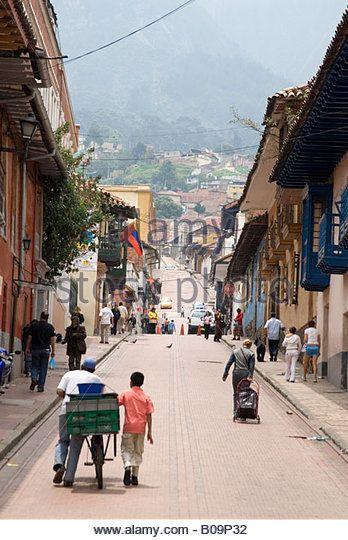 http://l7.alamy.com/zooms/26214058358a47b8897c02694ef6f8af/street-in-la-candelaria-bogota-colombia-b09p32.jpg