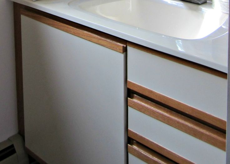 Painting Laminate Cabinets Before and After   ... painting laminate. So I did one of the things I do best – research