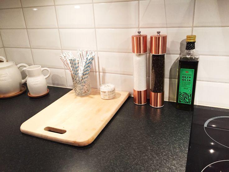 Kitchen, salt, pepper, peppermill, saltmill, copper