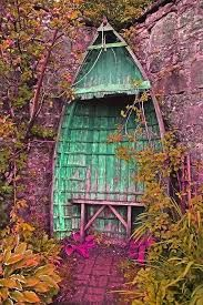 Resultado de imagen para recycled old boat bench garden