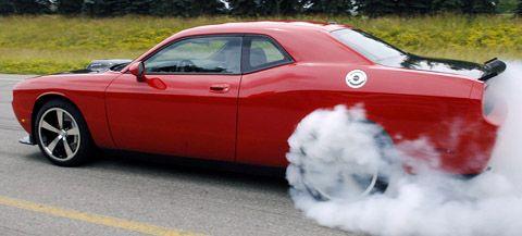 2009 Dodge Challenger SRT10 Concept burnout!