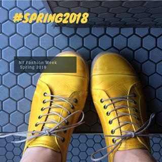 #PANTONE 13-0550 Lime Punch Sharp and pungent Lime Punch hits a chord with its strident and striking citrus like presence in the spring 2018 palette. #handemadeshoes #sneakers #miamistyle #miamigirls #miamishoes #miamibloggers #miamilife #miami #miaminights #shoesonline #miamishoes #miami #handemadeshoes #miamibloggers #pantone #miaminights #miamigirls #shoesonline #miamilife #miamistyle #sneakers