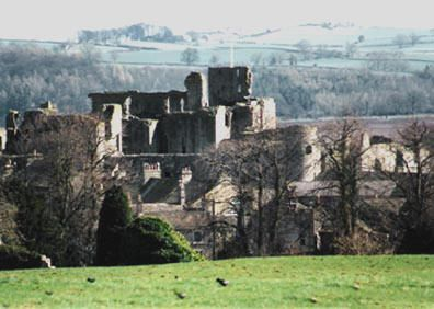 Middleham Castle.  North Yorkshire, was built by Robert Fitzrandolph, 3rd Lord of Middleham and Spennithorne, commencing in 1190.   It was later the home of Richard III.