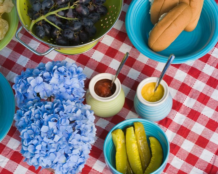 Collection of cold picnic food recipes, including main dishes, side dishes, and desserts. 15 free recipes from The Old Farmer's Alamanc.