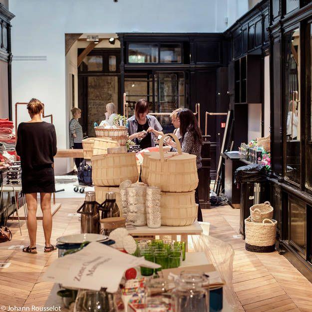 ines de la fressange ouvre un bazar chic paris. Black Bedroom Furniture Sets. Home Design Ideas