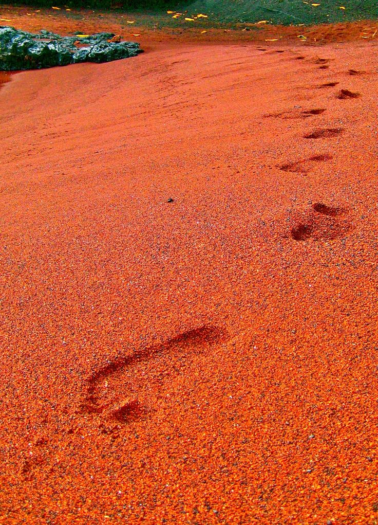 Kaihalulu, Hawaii – also known as Red Sand Beach. Don't forget when traveling that electronic pickpockets are everywhere. Always stay protected with an Rfid Blocking travel wallet. https://igogeer.com for more information. #igogeer