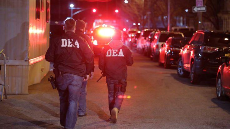 Honduras : un agent américain ordonne de tirer, deux femmes enceintes tuées   LES NEOCONS SONT PARTOUT LES CRIMES  AUSSI  LES NOUVEAUX NAZIS NE RECULENT DEVANT RIEN POUR ASSASSINER LES CITOYENS LIBRES DE CETTE PLANETE