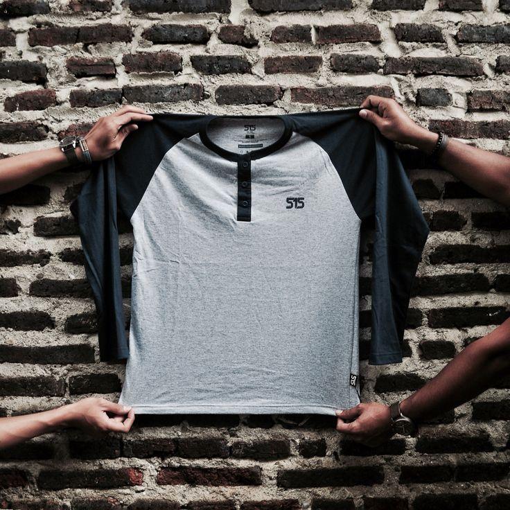 Simple #reglan for cool and casual look. #515reglanseries : Long Sleeve Misty Black Navy