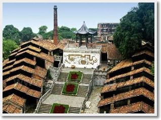#Guangzhou Foshan Day Tour is famous for its porcelain industry, as it was in history. Foshan is an affluent and beautiful city close to Guangzhou and located in the northern part of the Pearl River.  http://www.holidaychinatour.com/tour_view.asp?id=70