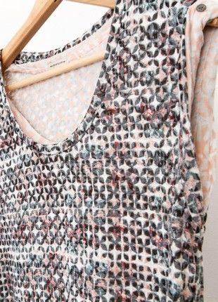 #Kleiderkreisel http://www.kleiderkreisel.de/damenmode/lassige-kleider/157245130-gemustertes-kleid-oder-langes-oberteil-mit-lederschnur