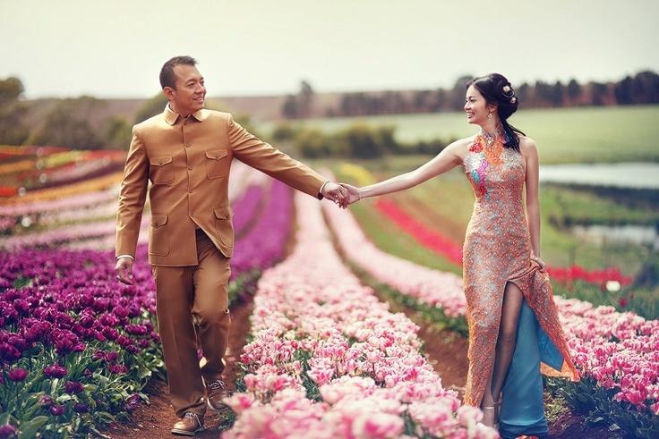 Jessica Turale Photography. www.turalephotography.com    Wynyard Tasmania Wedding. Tulip Farm