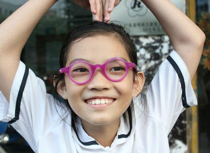child vision glasses allow kids to customize prescription