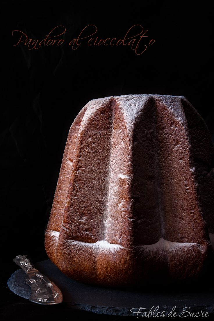 Pandoro al cioccolato fondente