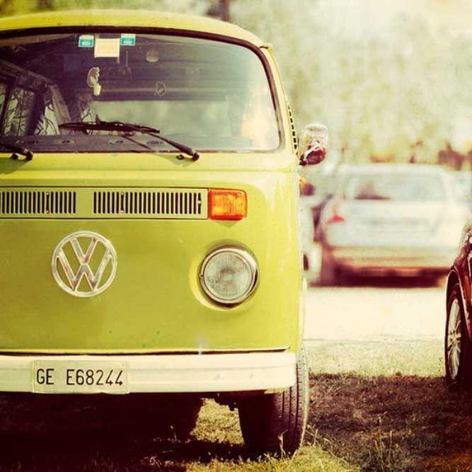 10 Vintage and Retro VW Campervan Images. Now this is for my bestfriend. Josie jones!