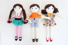 free sewing tutorial and pattern for boy and girl dolls. tutorial and pattern includes clothing.