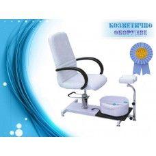 Козметичен Стол за педикюр с ваничка и стойка Модел 3820  Удобен козметичен стол за педикюр. Чудесен избор за всеки салон.  Моделът практичен и функционален. Той е оборудван с  широка основа, пригодена за работа. На нея може да разположите принадлежностите, които ползвате за дадена процедура. Подходяща за поставяне на ваничката, която върви в комплект със стола.