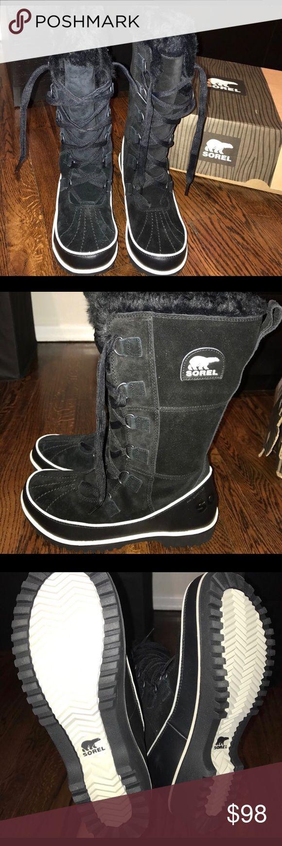 Brand new sorel snow boots size 9 Sorel snow boots size 9 never worn Sorel Shoes Winter & Rain Boots