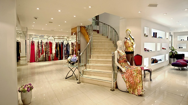 @GBmoda flagship store is located in Abu Dhabi's main shopping disctrict, only a few minutes walk from the Abu Dhabi Mall, it captures 6,000 square feet of luxury retail Space  #GbModa #JustCavalli #AbuDhabi