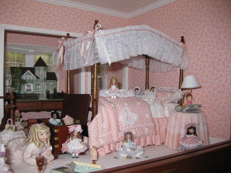 Dolls and more dolls doll house vlll pinterest girl for Dollhouse bedroom ideas