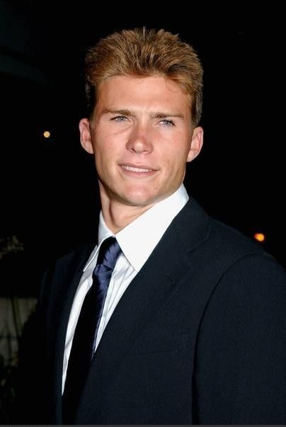 Scott Eastwood aka Clint Eastwood's son! Hello handsome look who's got his daddy's brooding good looks.