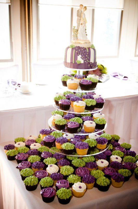 cupcake wedding cakes | Cupcakes! : wedding cake canada candy buffet cupcakes green ontario ...