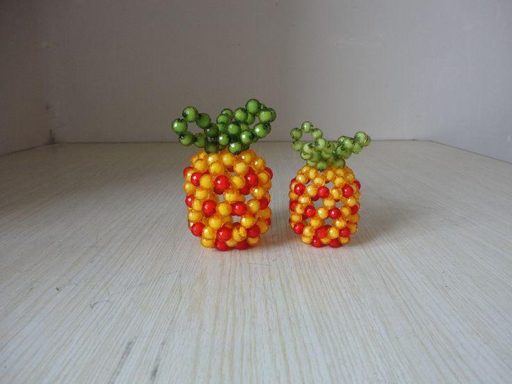 acryl kralen bloem vaas afgewerkt ananas vaas moderne woonaccessoires kralen ambachtelijke ornamenten(China (Mainland))