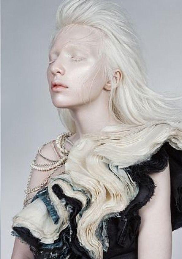 Albino hot, la mejor pagina porno del mundo