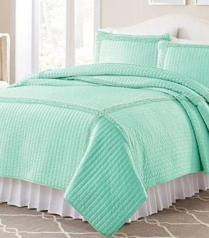 25+ Best Ideas about Oversized King Comforter on Pinterest   Teal ...