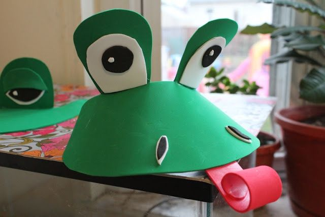 Creative Learning: DIY Last Minute Frog Costume