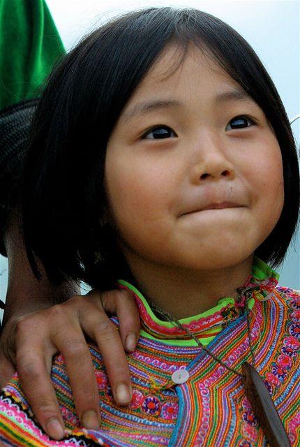 Little girl of Hmong Fleur, Vietnam