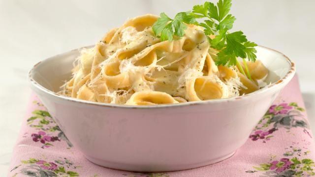 Oppskrift på Pasta all`Alfredo