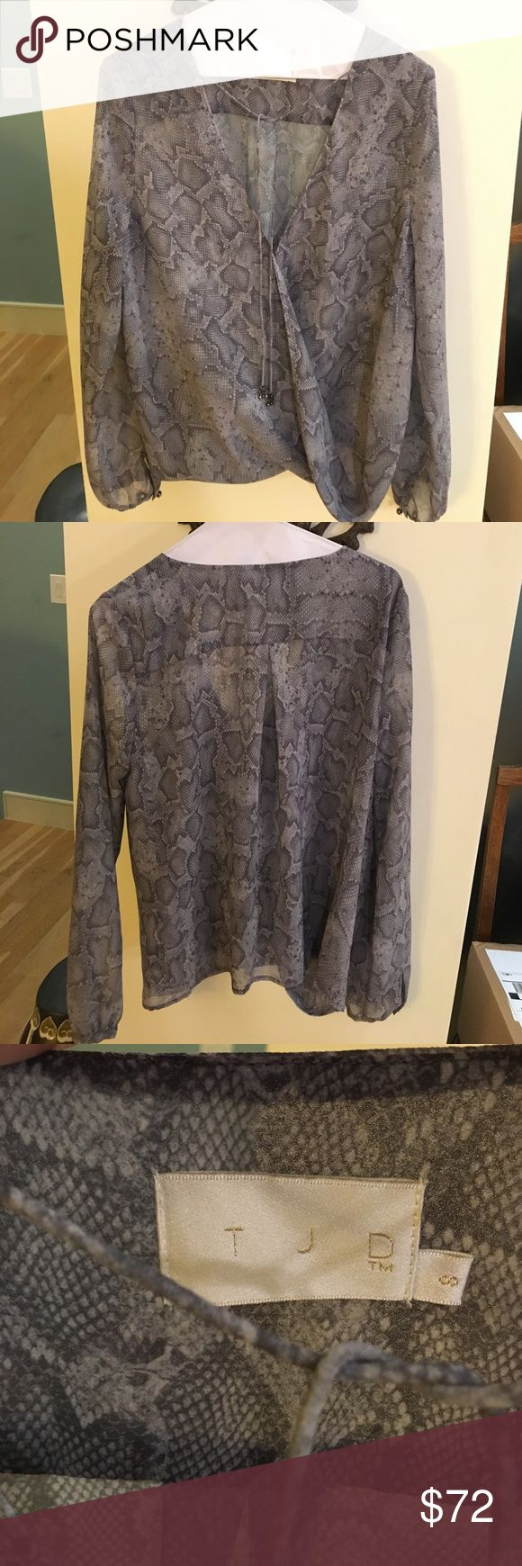 Jetset Diaries Medusa Snake Skin Printed Blouse Size small never been worn. Tops