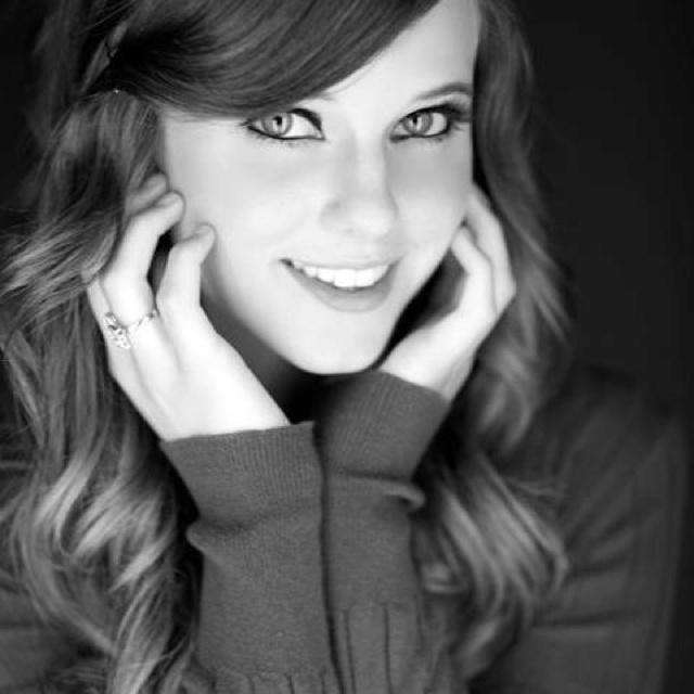 Tiffany Alvord. So pretty!