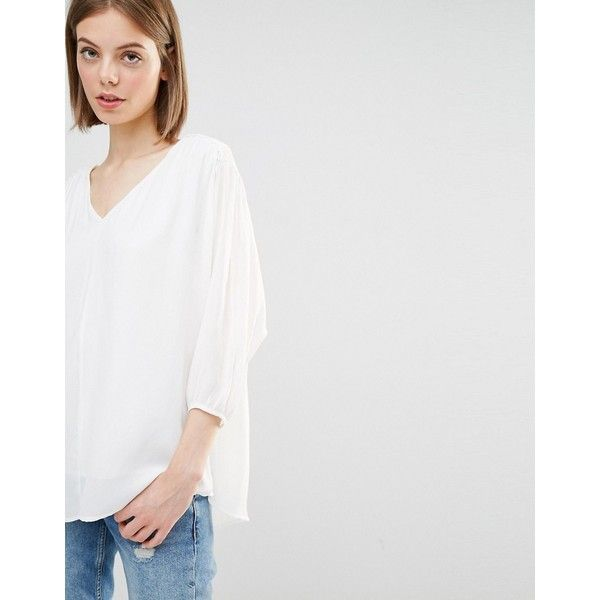Warehouse Batwing Blouse ($64) ❤ liked on Polyvore featuring tops, blouses, white, white tops, white batwing top, white blouses, shirred top and woven top