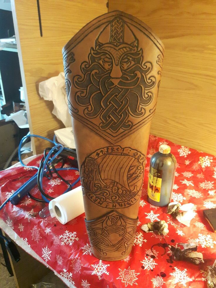 Leather carved quiver with Norse/Viking knotwork.
