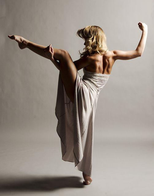 Beautiful dancer. Great back muscles.