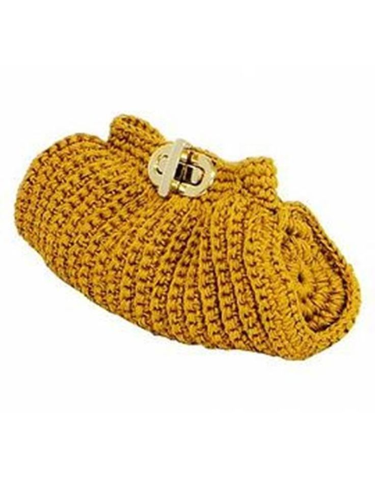 Crocheted Evening clutch ~ picture only, no pattern