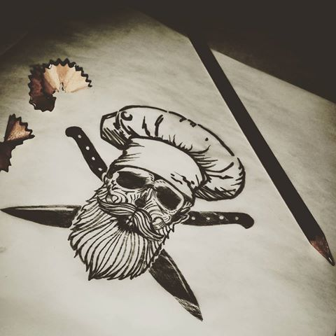 "Próximo tatuaje: ""MUERO POR COCINAR"" #tattoos #tattooarms #skulltattoo #skull #beard #beardsofinstagram #beardsandtattoos #beardskull #chef #cooking #cook #knife #ink #inked #freehand #sketch #sketching | https://lomejordelaweb.es/"