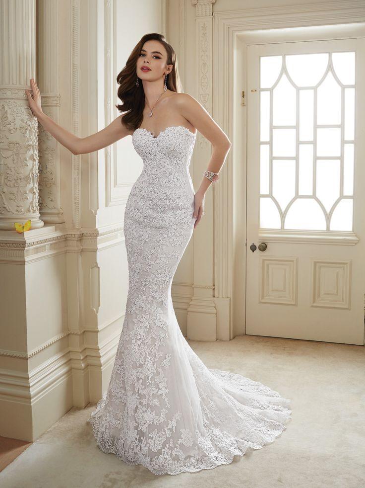 Vestidos de noiva tomara-que-caia: corte sereia. Da Tutti Sposa.                                                                                                                                                                                 Mais