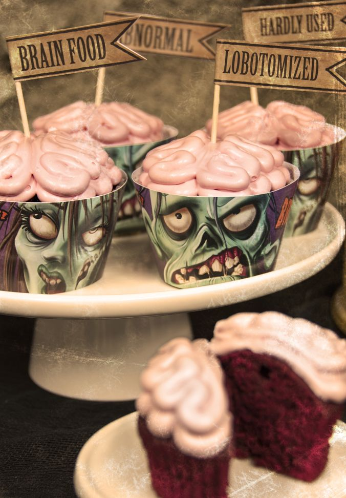 #Zombie #cupcakes - printable wrappers and flags!