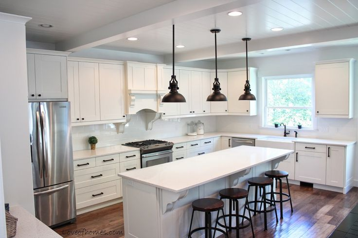 Kitchen Remodel {REVEAL}...I LOVE everything about this kitchen...color, lighting, island, cabinets, appliances...everything!