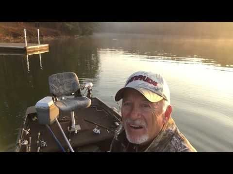 Crappie Fishing Using a Cork and a Jig - YouTube